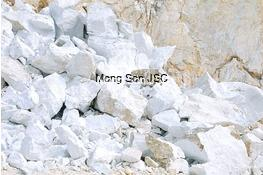 Limestone - lumps  (over 10cm)